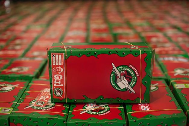 Packing Parties: Operation Christmas Child | How to Have it All